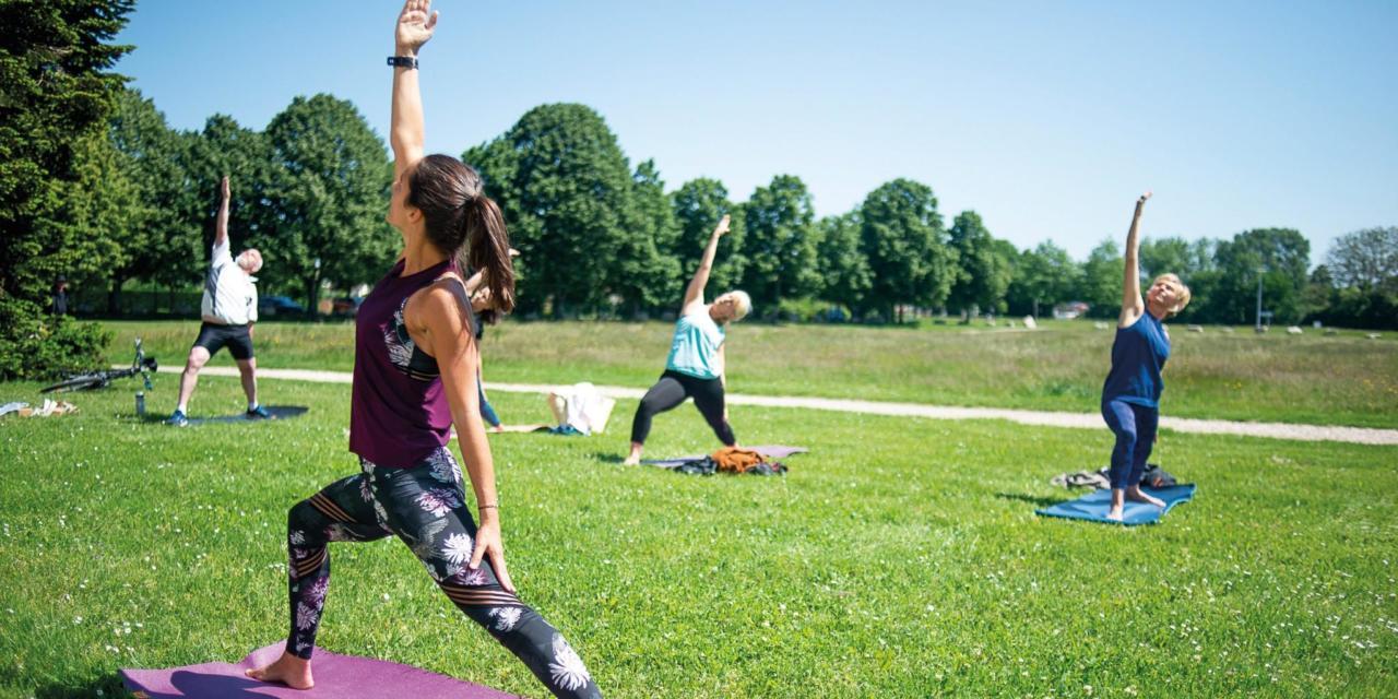 """Yoga en plein air avec """"I AM FLO YOGA"""""""